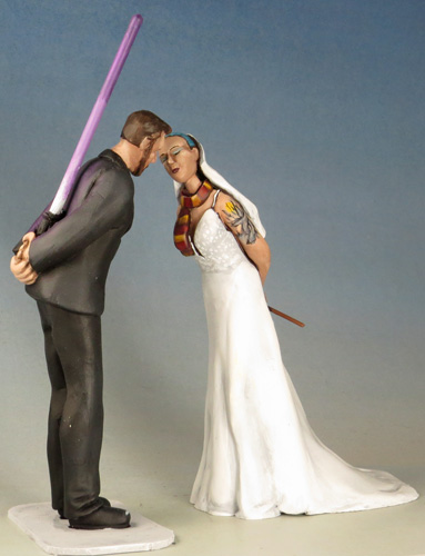 topper-kiss-saber-want