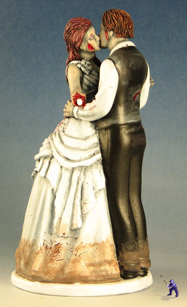 cake-toppers-kissing-zombie